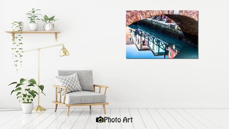 הדמיית תמונת מראה מתחת לגשר ממגוון תמונות להדפסה לבית
