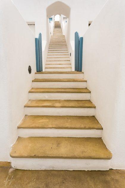 תמונת דרך המדרגות ועוד מגוון תמונות באתר