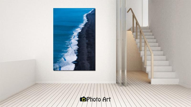 הדמיית תמונת קו החוף בבית המעוצב בצבעים בהירים