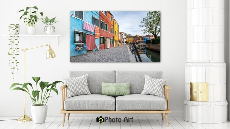 תעלה צבעונית כתמונה לקיר הסלון